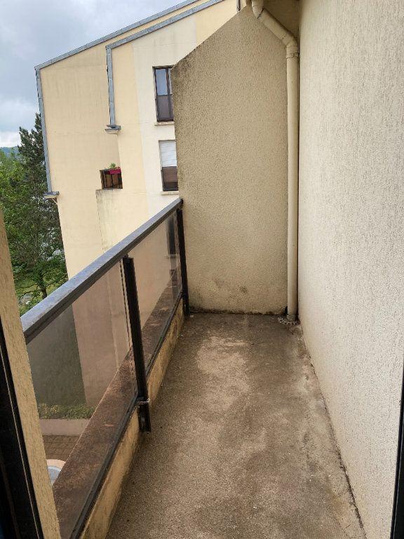 Appartement à louer 3 64.62m2 à Limoges vignette-5