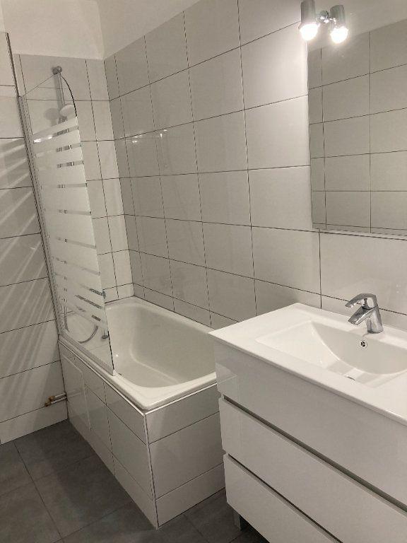 Appartement à louer 3 64.62m2 à Limoges vignette-6