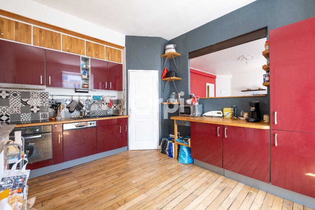 Appartement à vendre 5 98m2 à Limoges vignette-2