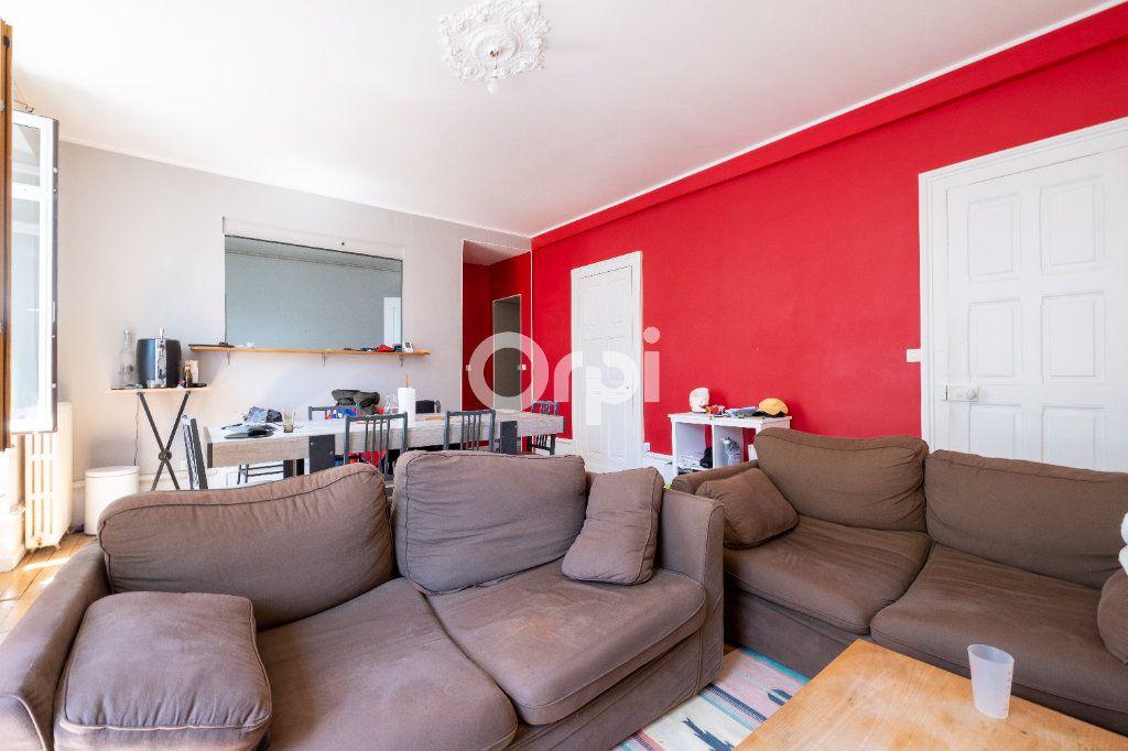 Appartement à vendre 5 98m2 à Limoges vignette-4