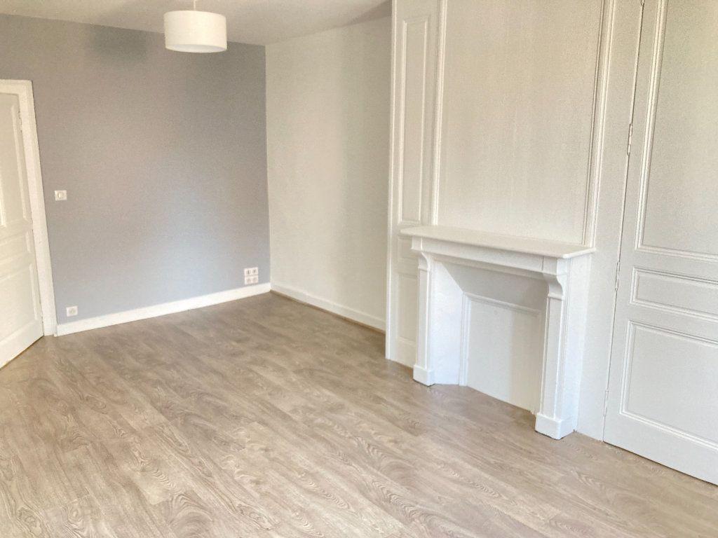 Appartement à vendre 2 38m2 à Limoges vignette-1