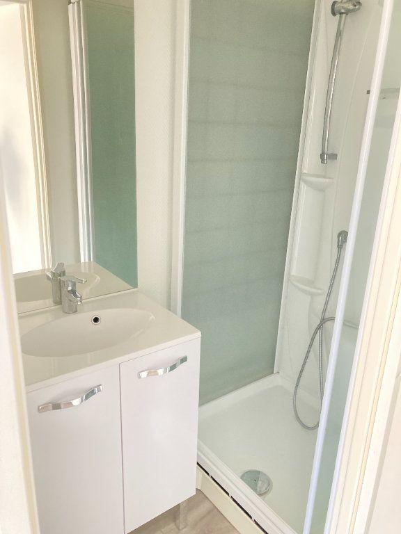 Appartement à vendre 2 38m2 à Limoges vignette-2