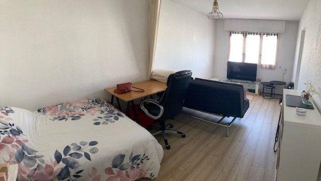 Appartement à louer 1 36.55m2 à Limoges vignette-1