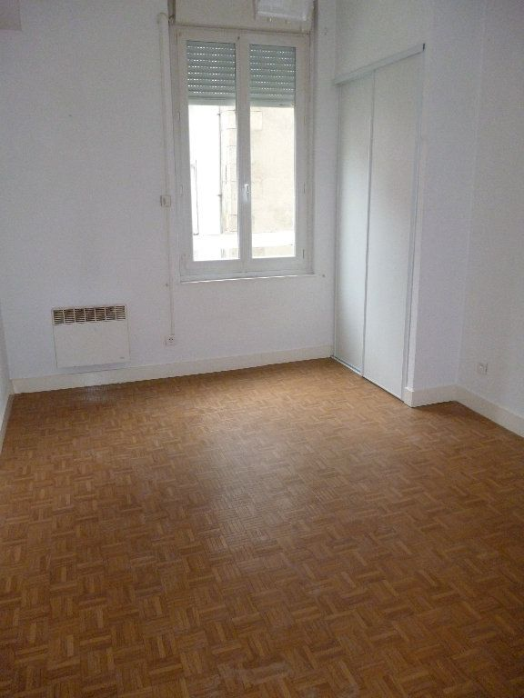 Appartement à louer 3 56m2 à Limoges vignette-5