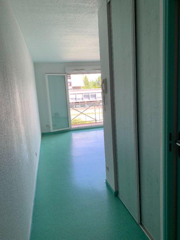 Appartement à louer 1 25.38m2 à Limoges vignette-4