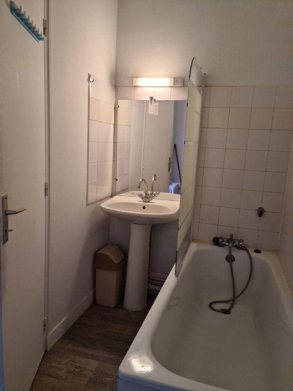 Appartement à louer 2 24.09m2 à Limoges vignette-5