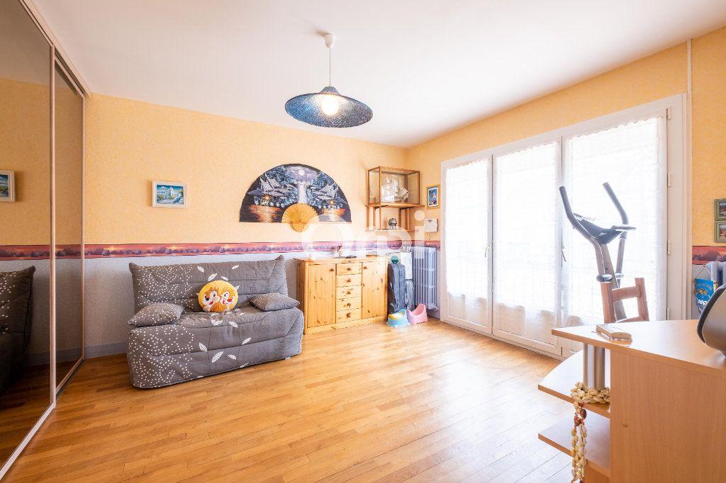 Maison à vendre 6 121.4m2 à Limoges vignette-8