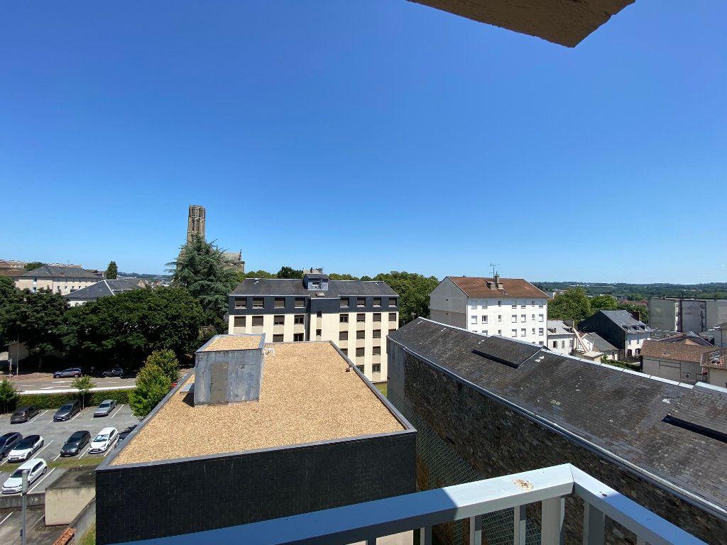 Appartement à louer 2 42m2 à Limoges vignette-3