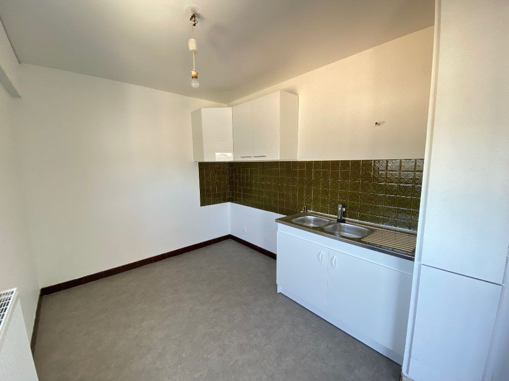 Appartement à louer 2 42m2 à Limoges vignette-9