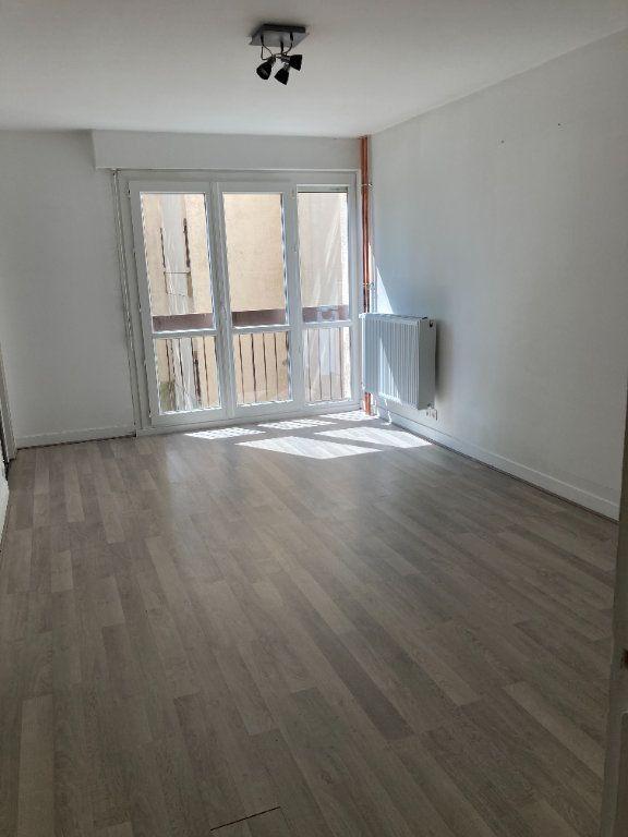 Appartement à louer 1 30.19m2 à Limoges vignette-2