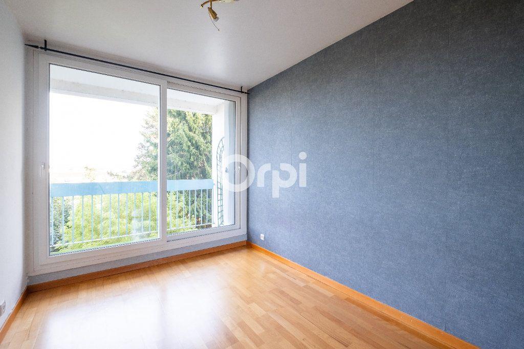Appartement à louer 3 70m2 à Limoges vignette-5