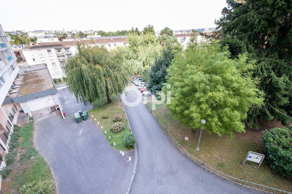 Appartement à louer 3 70m2 à Limoges vignette-9