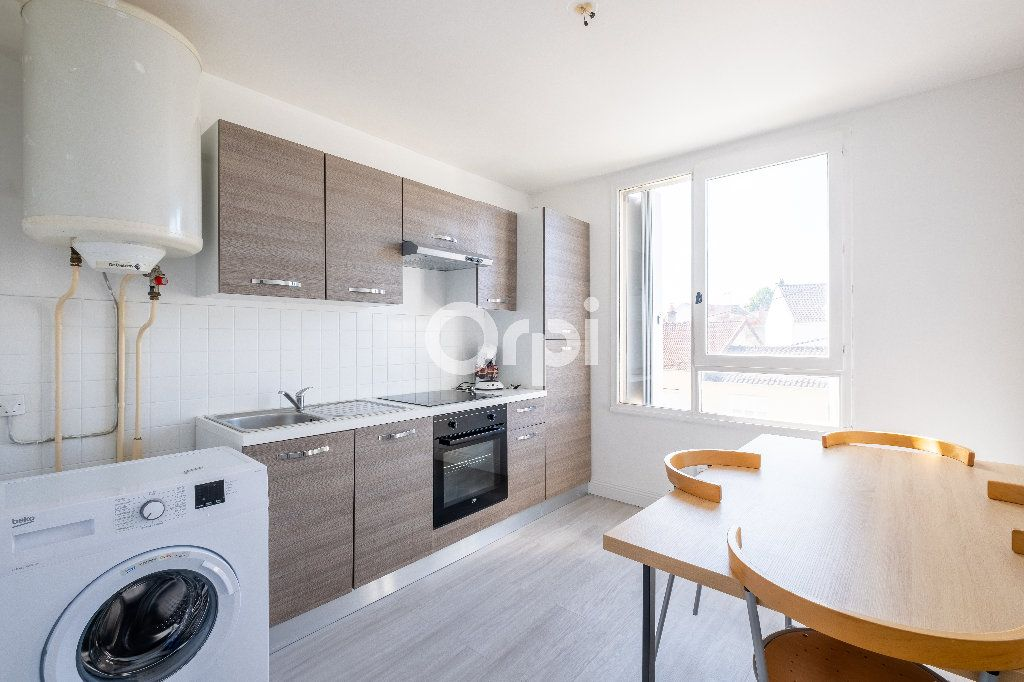Appartement à louer 1 38m2 à Limoges vignette-3
