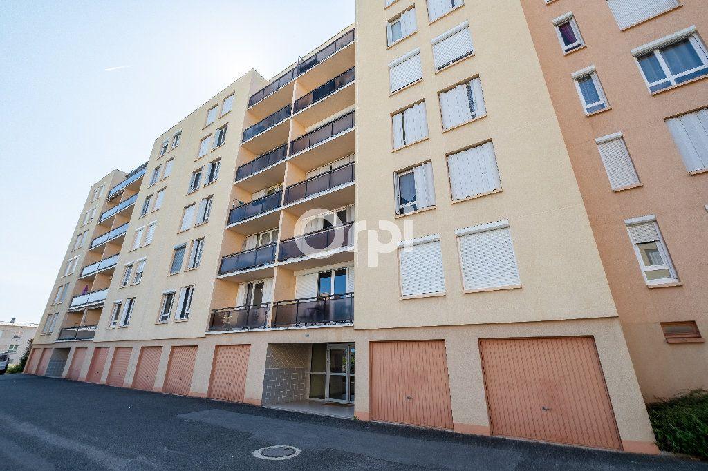 Appartement à louer 1 38m2 à Limoges vignette-4