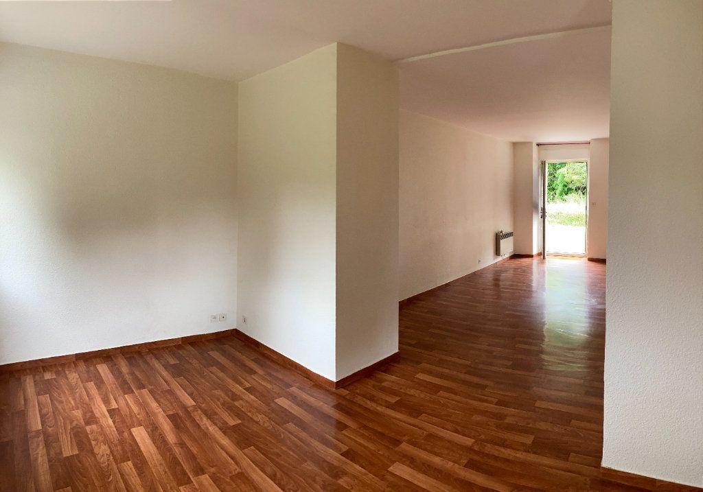 Appartement à louer 2 58m2 à Aixe-sur-Vienne vignette-1