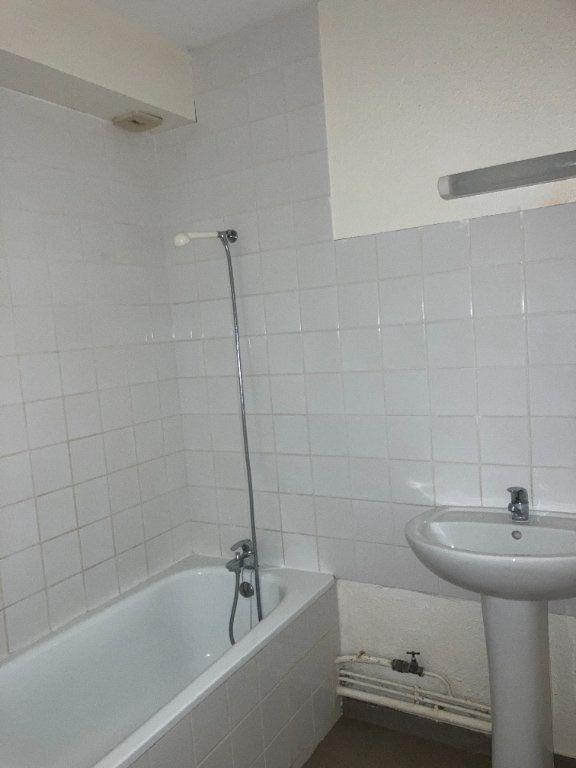 Appartement à louer 2 58m2 à Aixe-sur-Vienne vignette-9