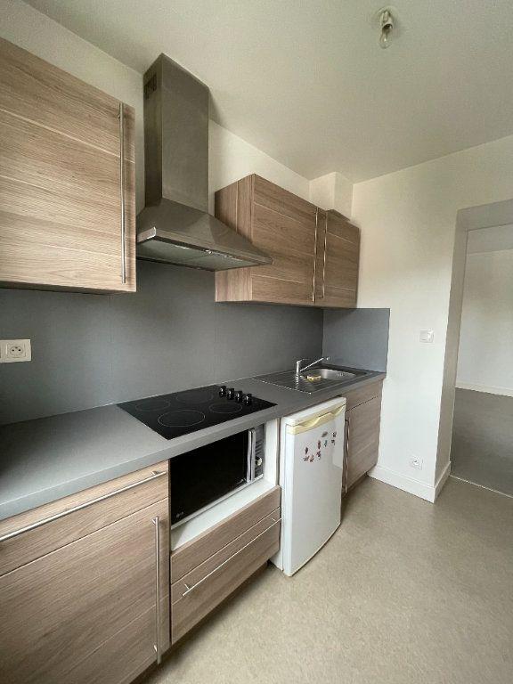 Appartement à louer 2 45.02m2 à Limoges vignette-1
