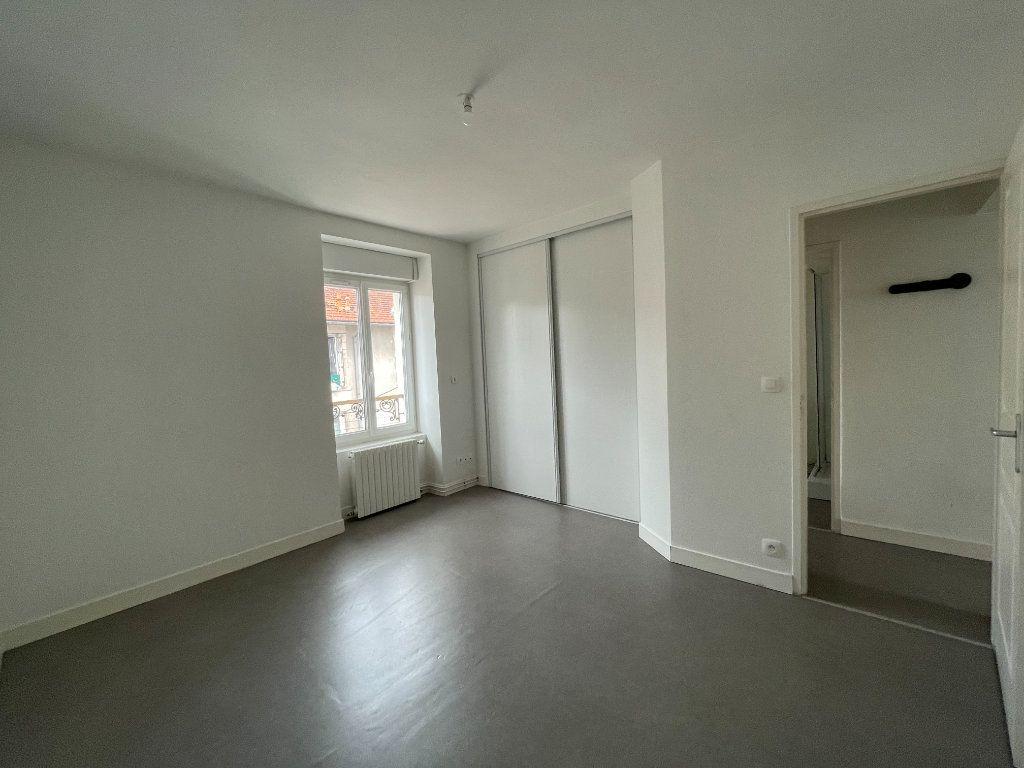 Appartement à louer 2 45.02m2 à Limoges vignette-3