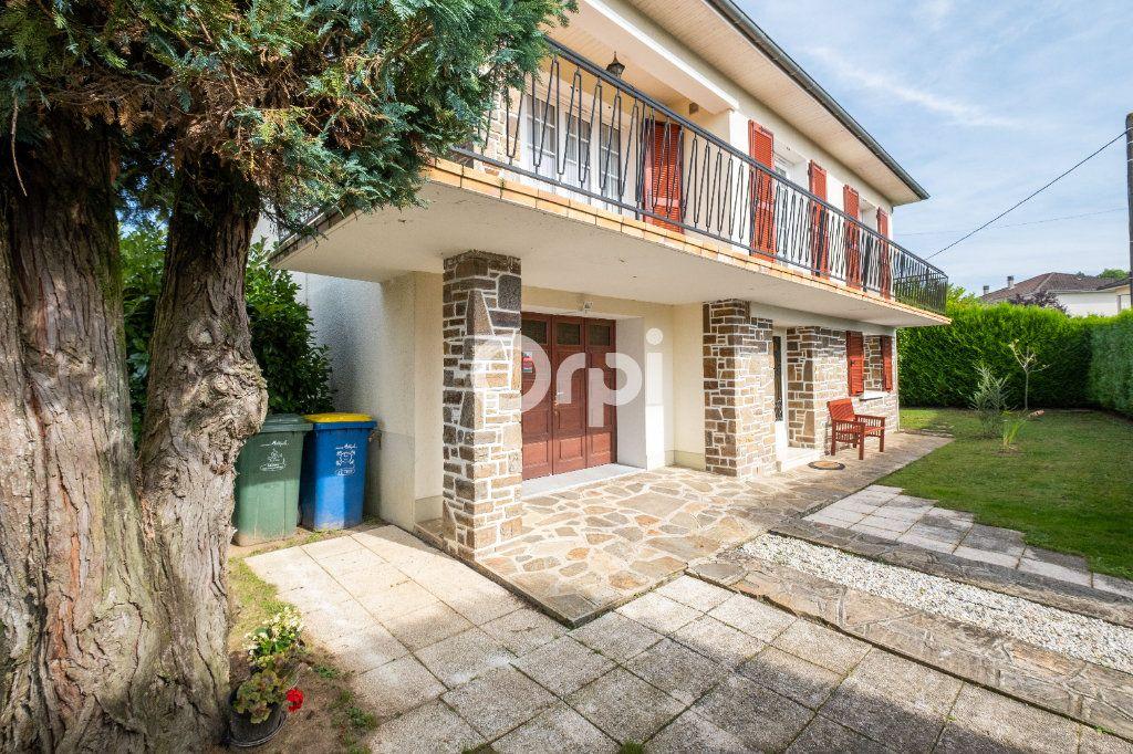 Maison à vendre 5 115m2 à Feytiat vignette-2