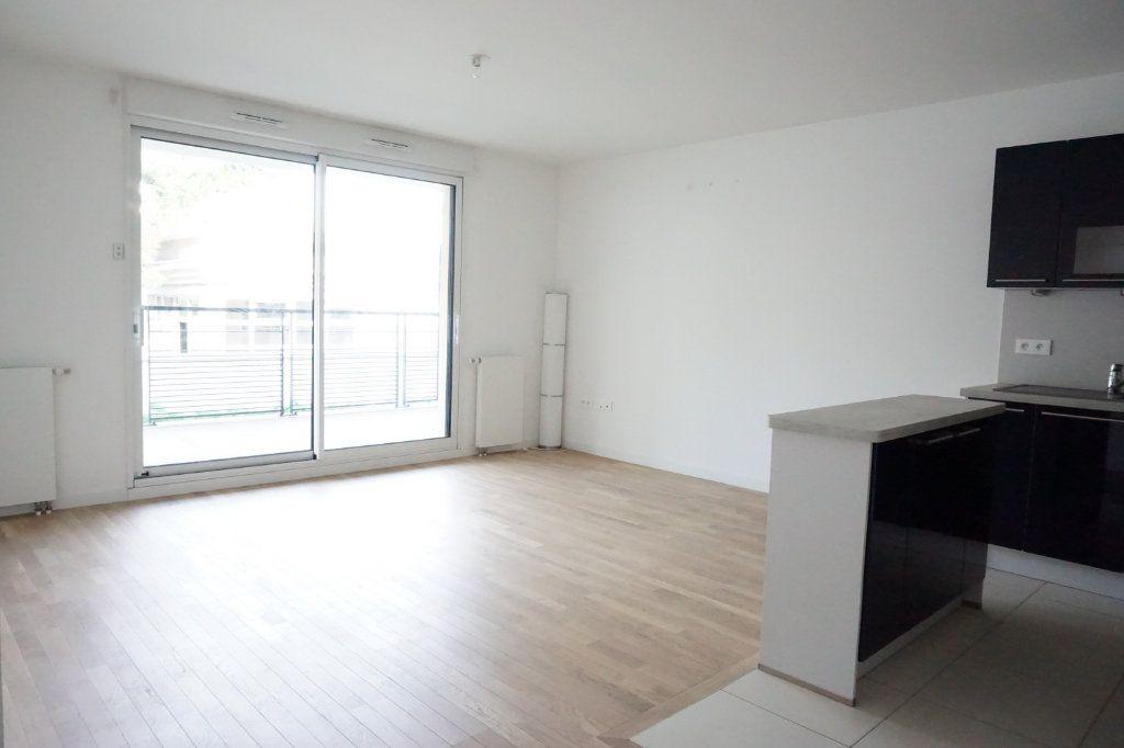 Appartement à louer 3 55.05m2 à Antony vignette-2