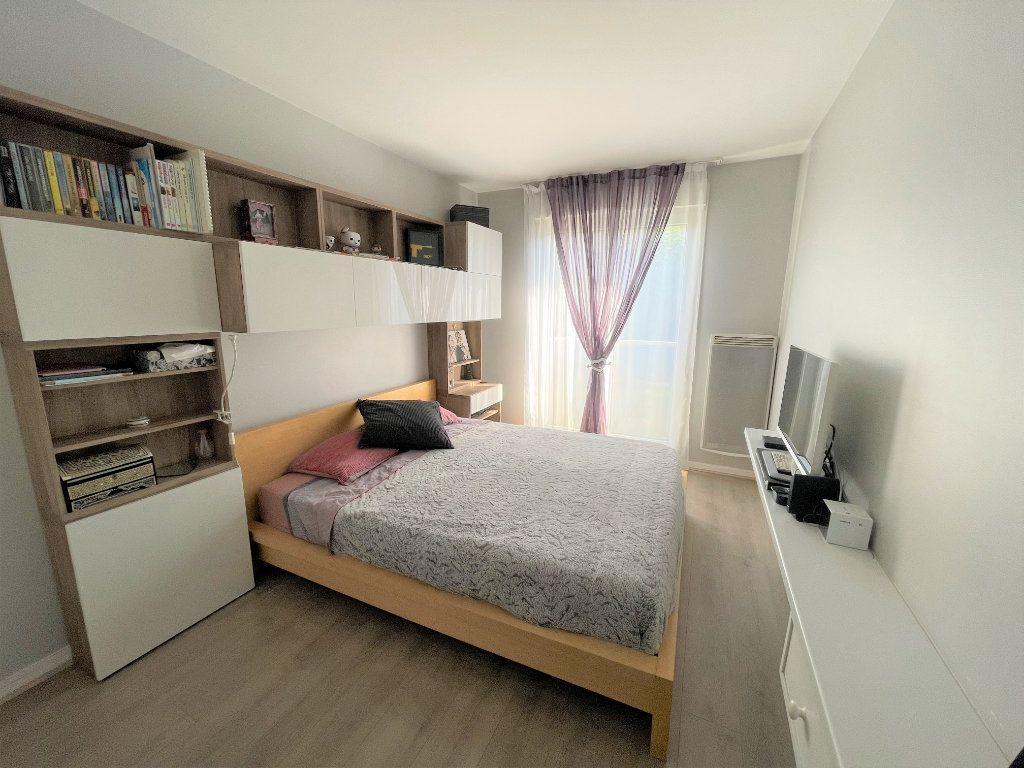 Appartement à vendre 4 90m2 à Antony vignette-3