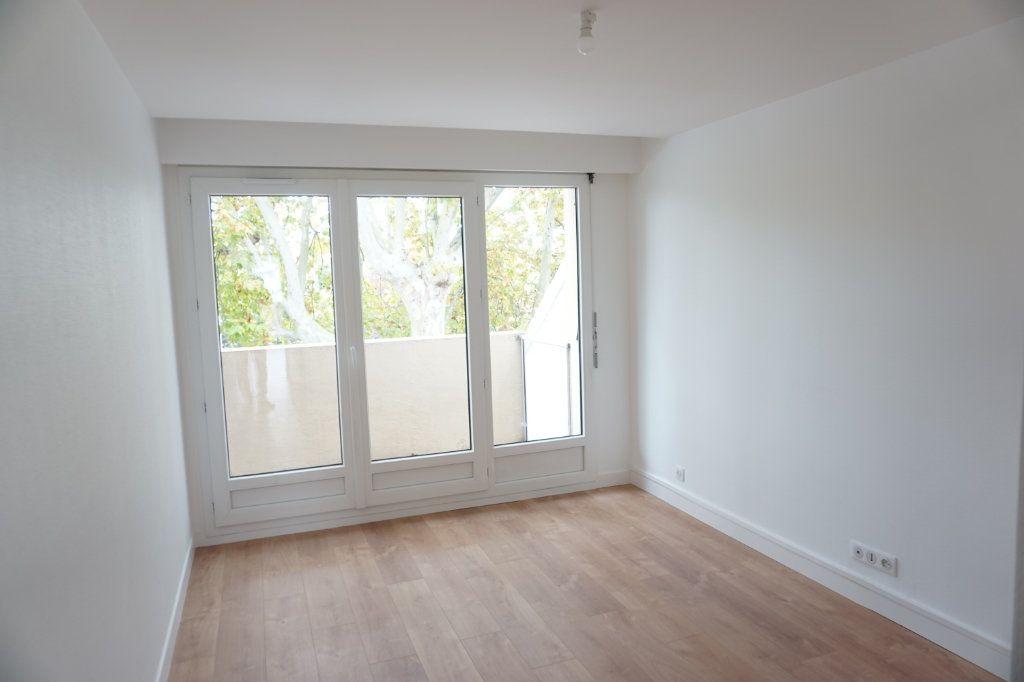 Appartement à vendre 3 72.29m2 à Antony vignette-2