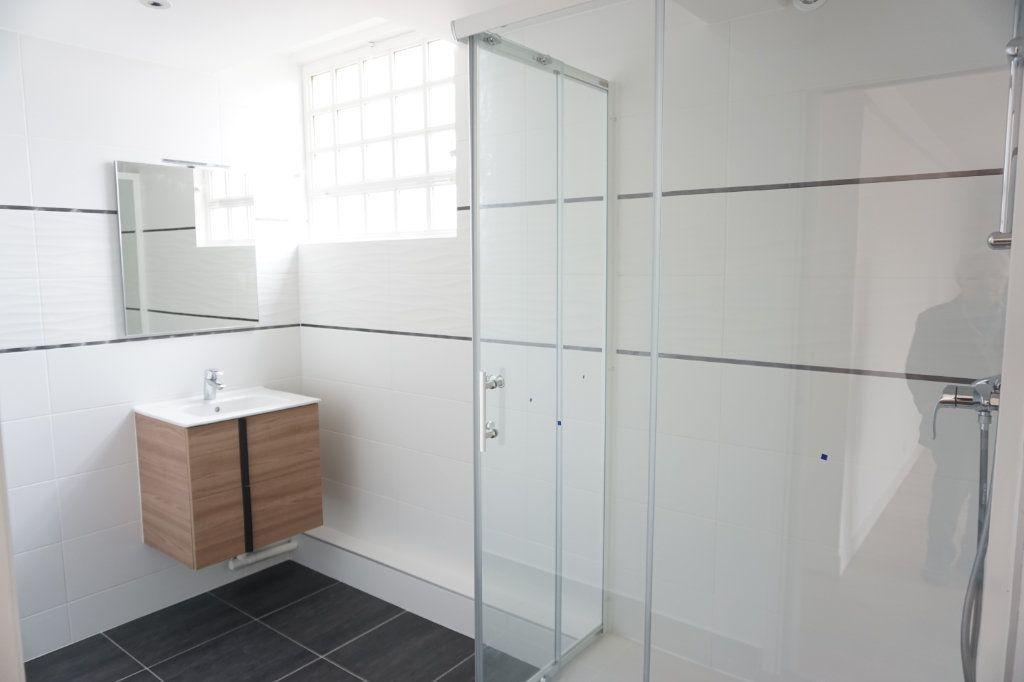 Appartement à vendre 3 72.29m2 à Antony vignette-3