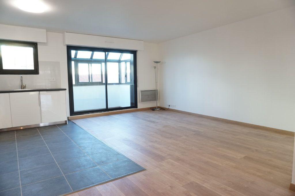 Appartement à louer 3 62.91m2 à Antony vignette-3