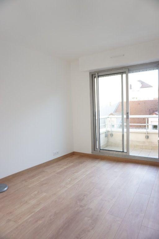 Appartement à louer 3 62.91m2 à Antony vignette-7