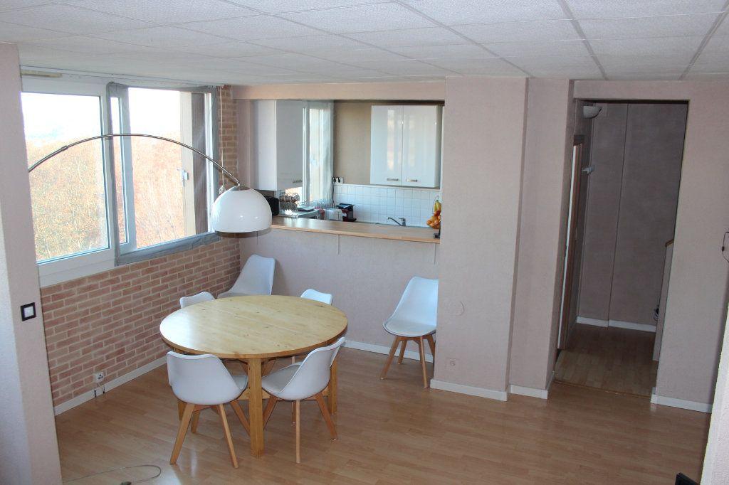 Appartement à vendre 4 68m2 à Fresnes vignette-1