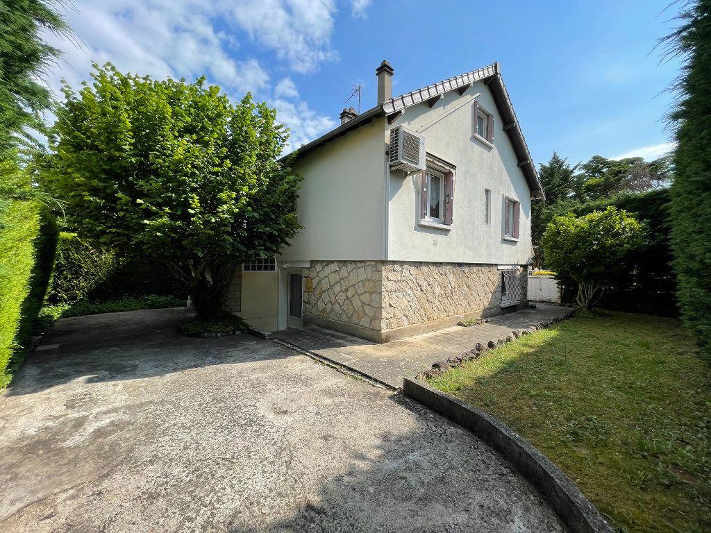 Maison à vendre 7 160m2 à Antony vignette-1