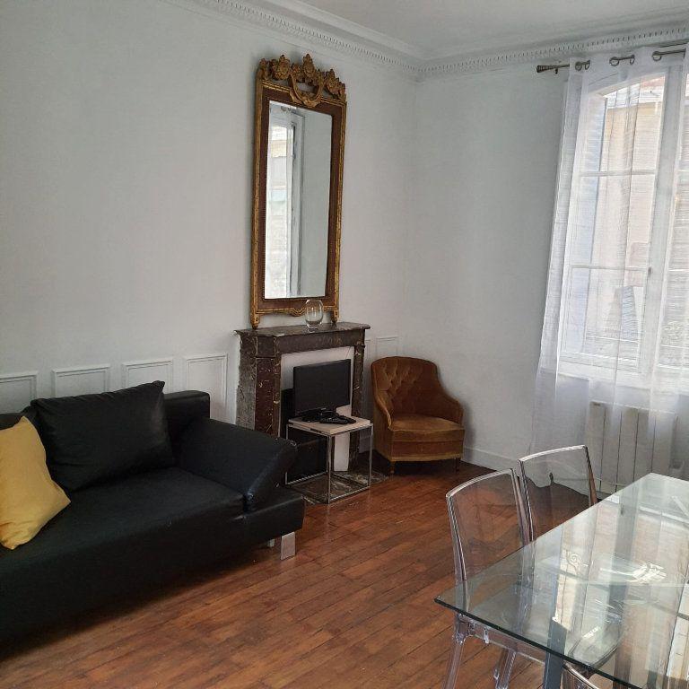 Appartement à louer 2 40m2 à Paris 16 vignette-1