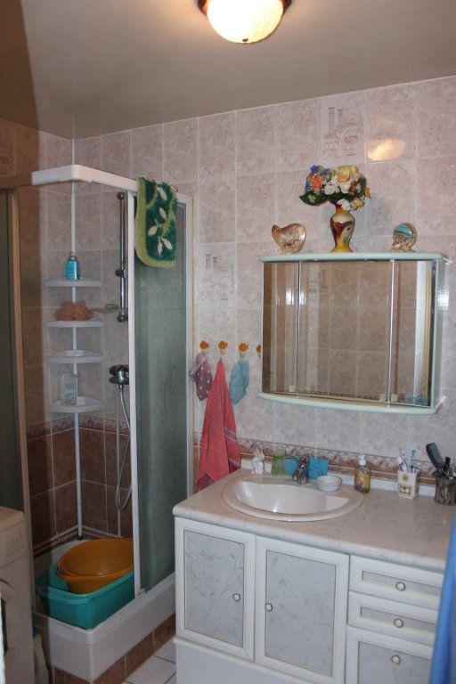 Appartement à vendre 4 82.7m2 à Fresnes vignette-5