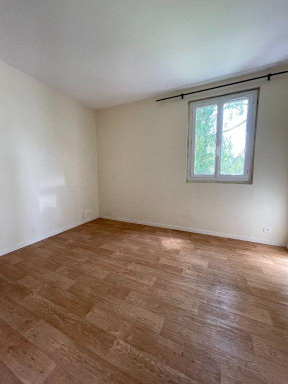 Appartement à louer 2 29.53m2 à Antony vignette-1