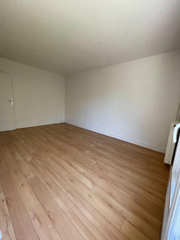 Appartement à louer 1 21.17m2 à Antony vignette-2