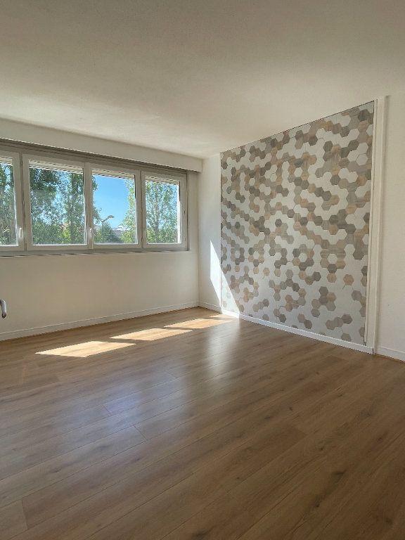 Appartement à louer 3 63.36m2 à Antony vignette-1