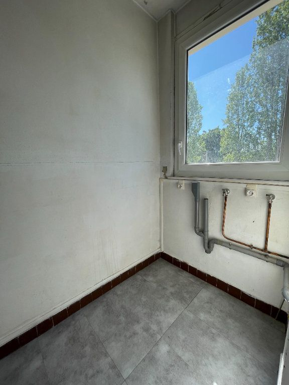 Appartement à louer 3 63.36m2 à Antony vignette-3