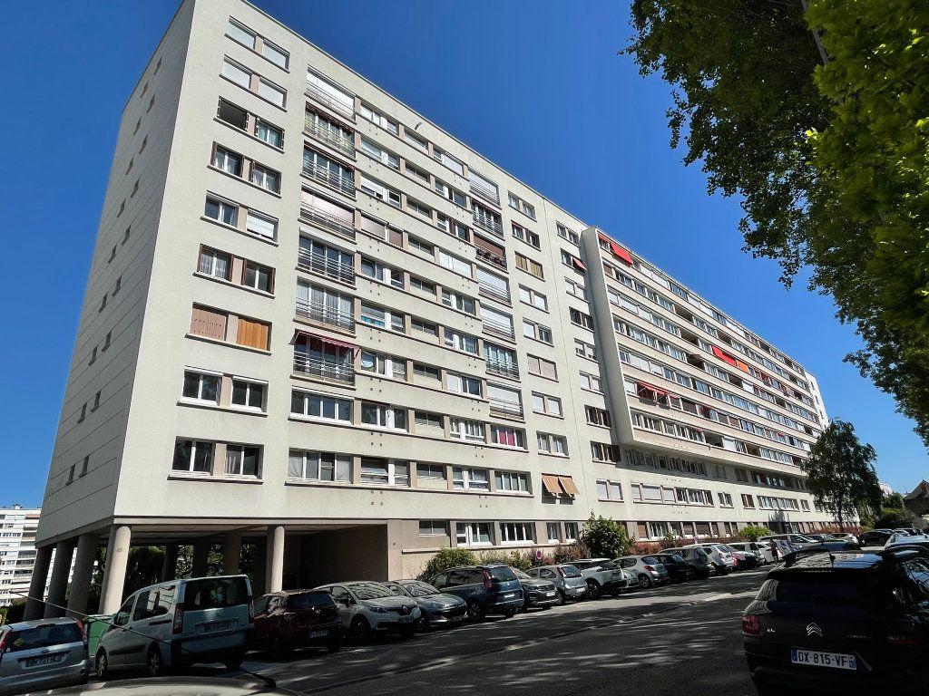 Appartement à louer 3 63.36m2 à Antony vignette-8