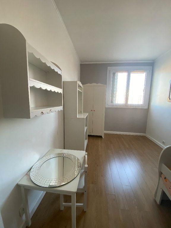 Appartement à louer 3 59.27m2 à Fresnes vignette-5
