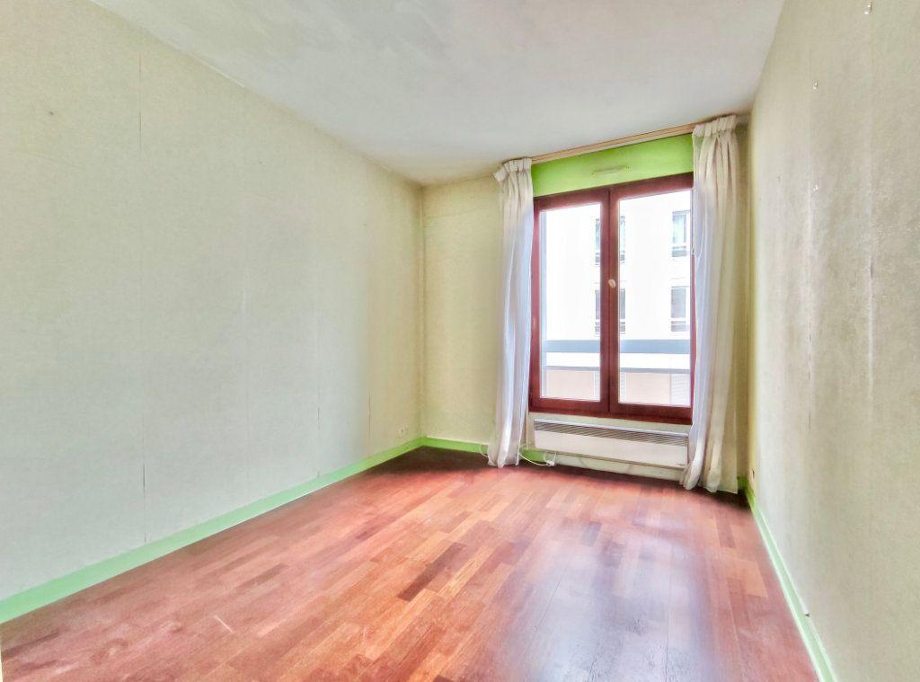 Appartement à vendre 4 80m2 à Paris 20 vignette-3