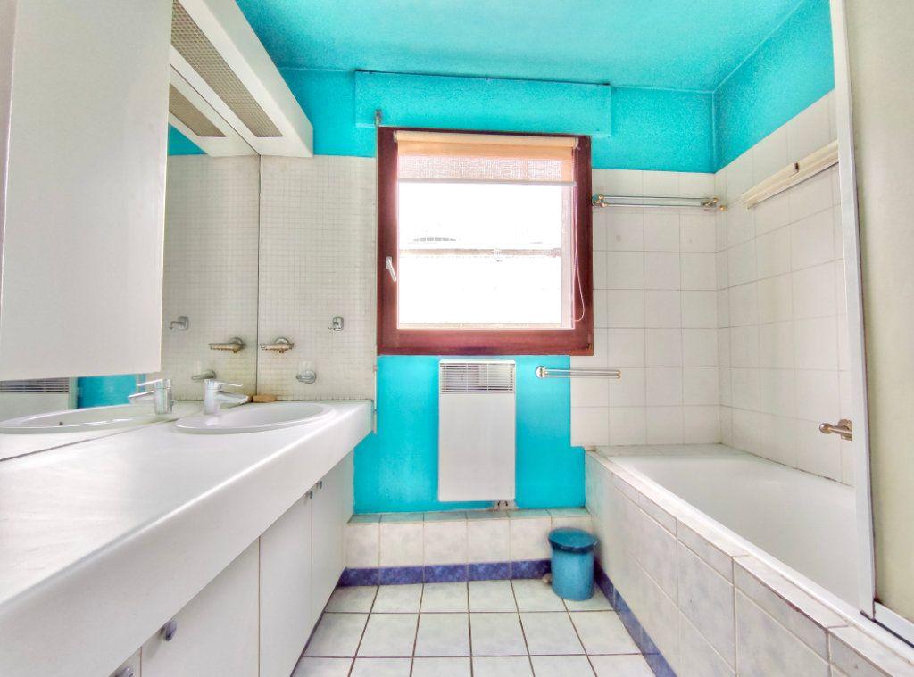 Appartement à vendre 4 80m2 à Paris 20 vignette-5