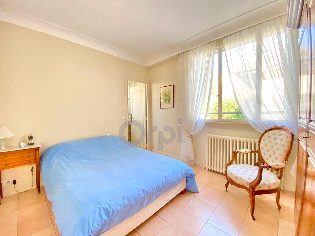 Maison à vendre 6 180m2 à Livry-Gargan vignette-11
