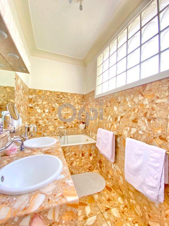 Maison à vendre 6 180m2 à Livry-Gargan vignette-12
