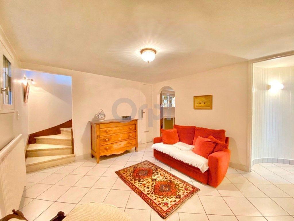 Maison à vendre 6 180m2 à Livry-Gargan vignette-14