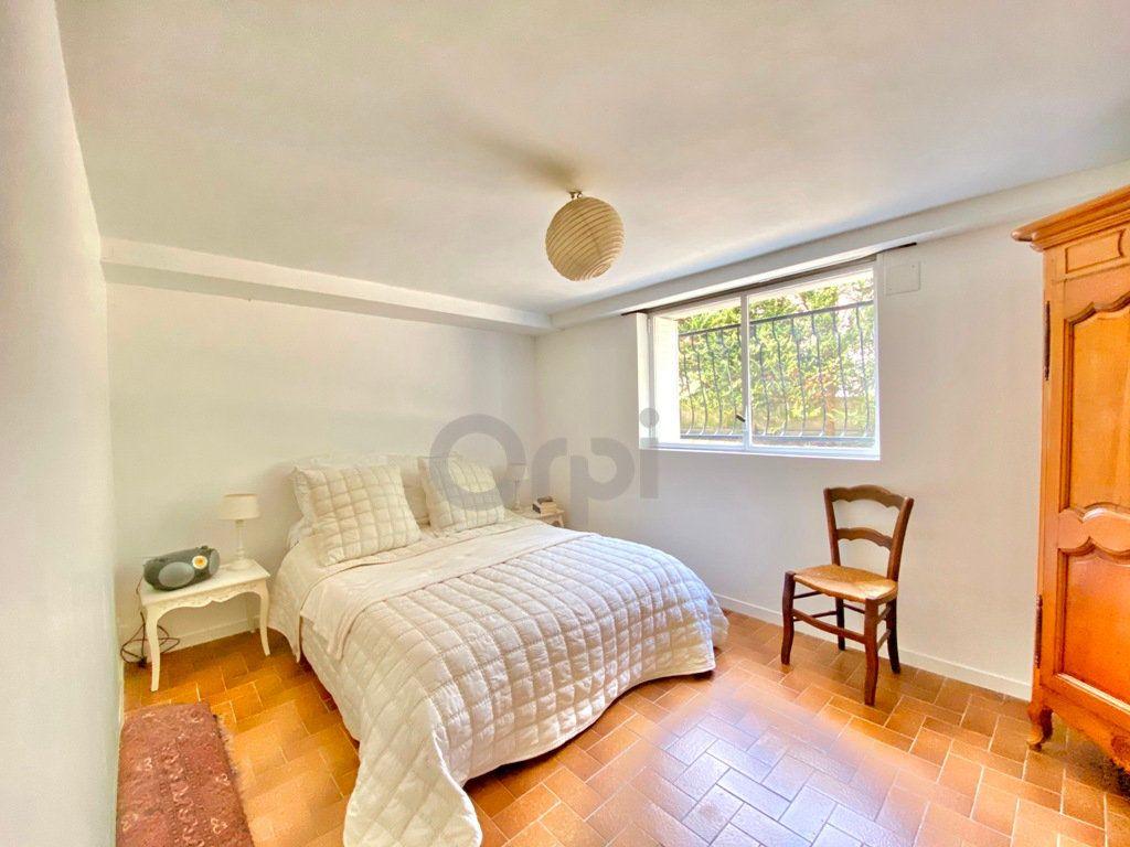 Maison à vendre 6 180m2 à Livry-Gargan vignette-17