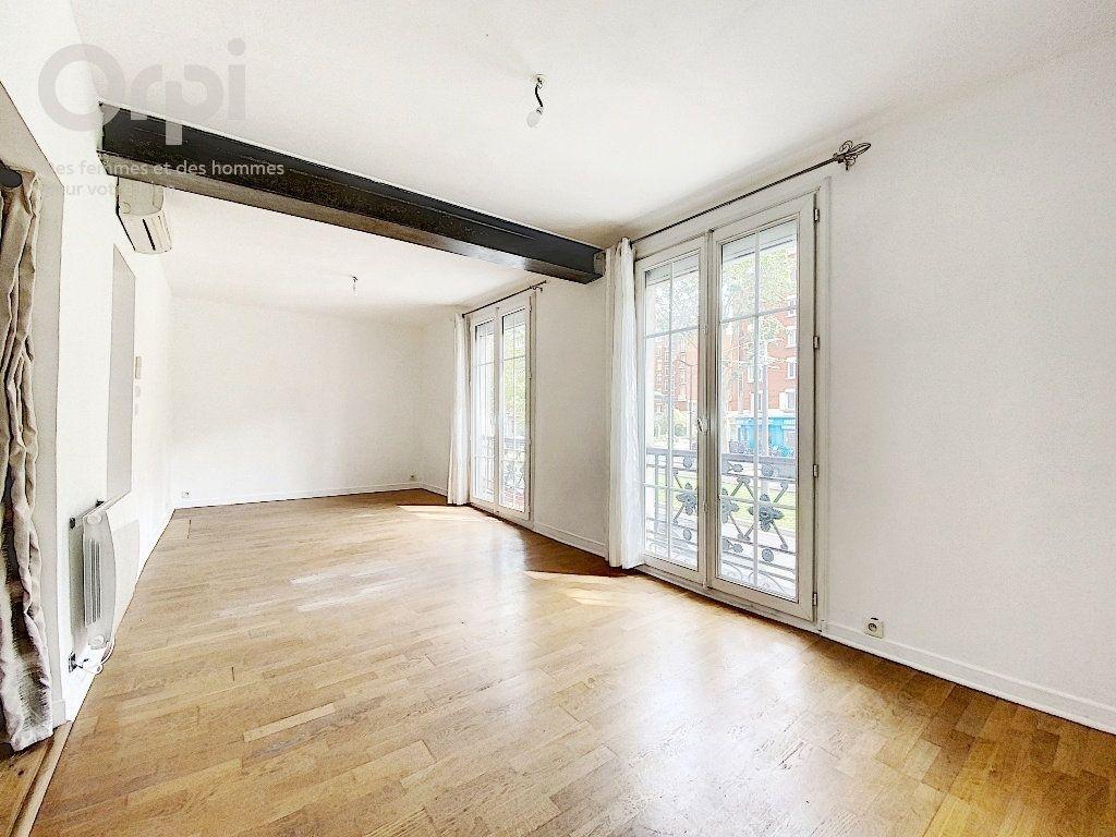 Appartement à vendre 3 51.63m2 à Paris 20 vignette-3