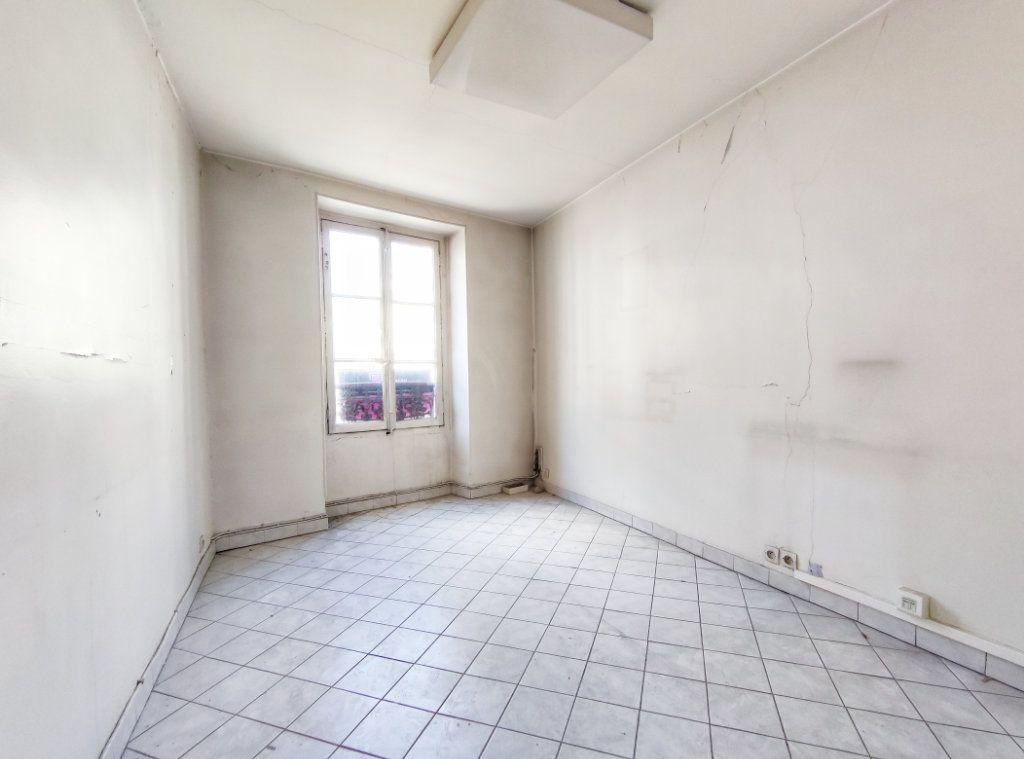 Appartement à vendre 3 47.5m2 à Paris 20 vignette-2