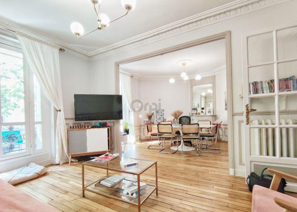 Appartement à vendre 5 93.7m2 à Paris 20 vignette-2