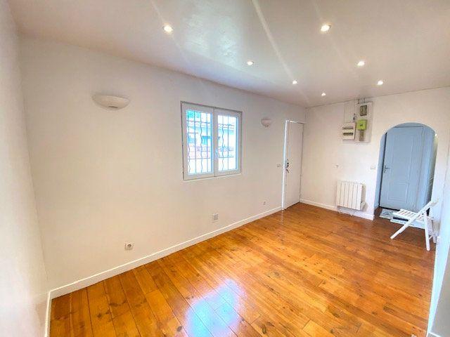 Maison à vendre 3 42.55m2 à Aubervilliers vignette-5