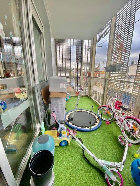 Appartement à vendre 3 61m2 à Bobigny vignette-2